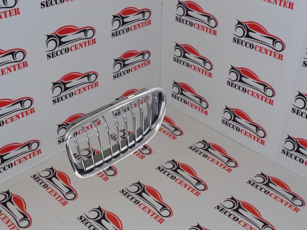 Grila radiator BMW Seria 6 F13 F12 2011 2012 2013 2014 2015 2016 2017 stanga