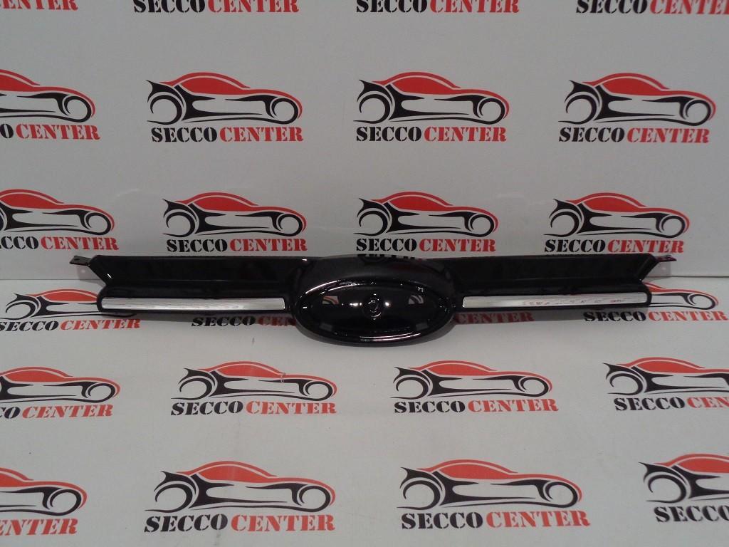 Grila radiator Ford Focus 3 2011 2012 2013 2014 negru lucios