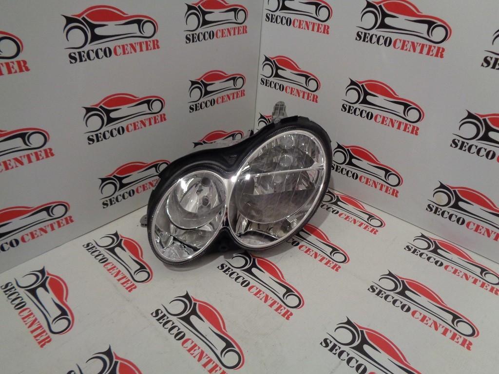 Far Mercedes CLK W209 2002 2003 2004 2005 2006 2007 2008 2009 stanga