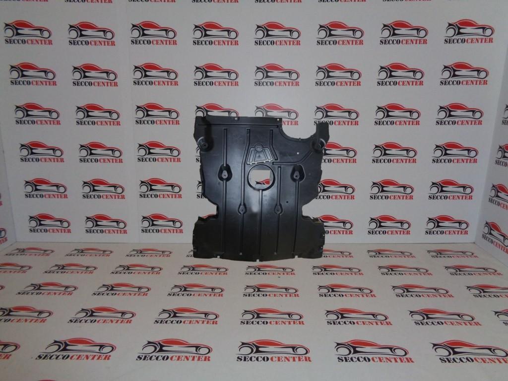 Scut motor BMW Seria 1 E87 2007 2008 2009 2010 2011