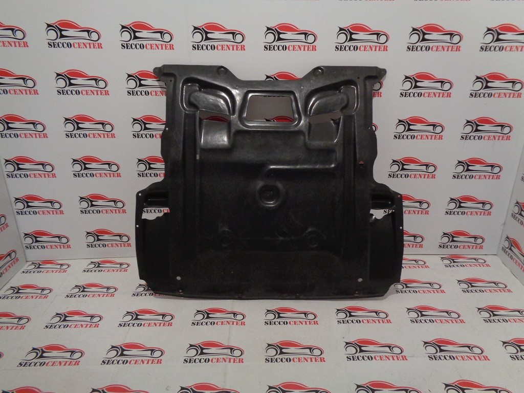 Scut motor BMW Seria 7 F01 F02 2008 2009 2010 2011 2012