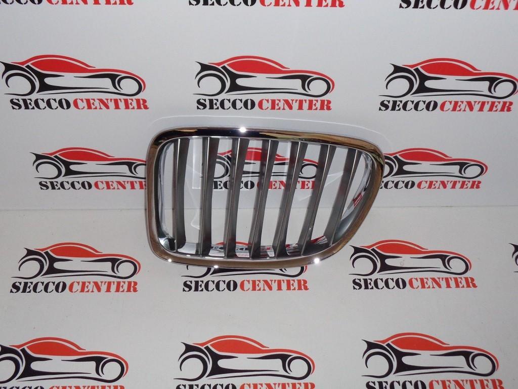 Grila radiator BMW X1 E84 2009 2010 2011 2012 2013 crom argintiu stanga