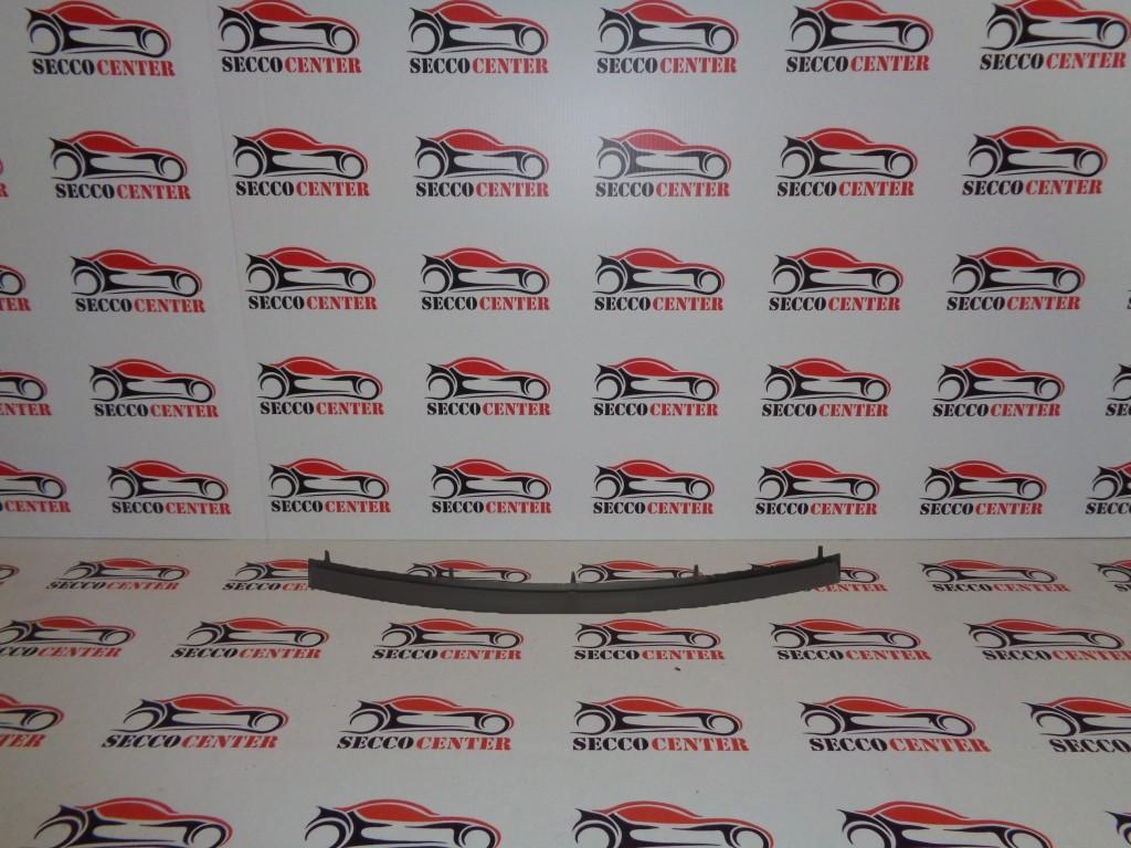 Bandou grila bara fata BMW Seria 3 E90 2005 2006 2007 2008 2009 negru mijloc