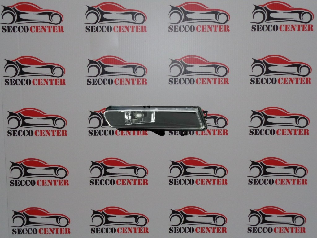 Proiector ceata BMW Seria 1 E87 2007 2008 2009 2010 2011 dreapta